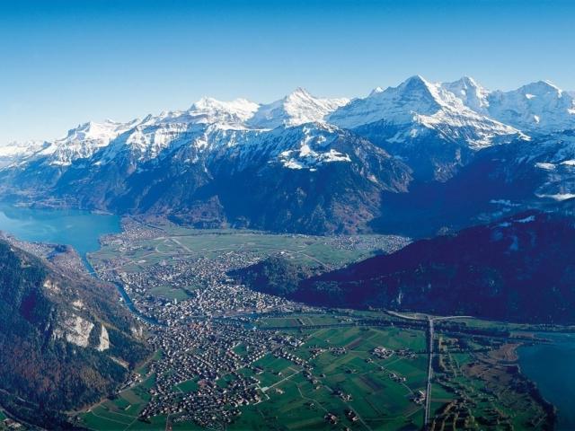 JR 068 Interlaken Eiger Moench Jungfrau 2
